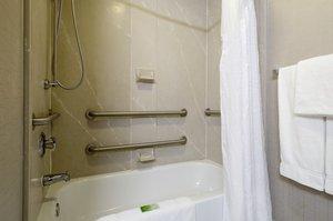 - Holiday Inn Express Hershey Hummelstown