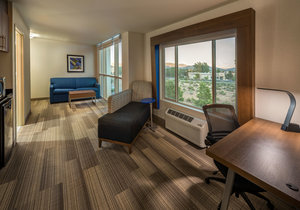 Room - Holiday Inn Express Hotel & Suites Carson City