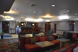 Lobby - Holiday Inn Express Hotel & Suites Garden City