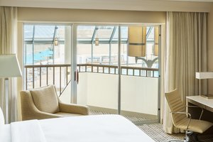 Room - DoubleTree by Hilton Hotel Airport Orlando
