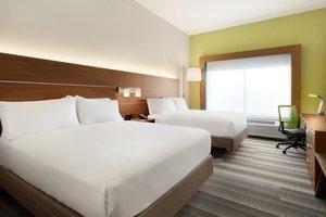 Room - Holiday Inn Express Hotel & Suites Wilder