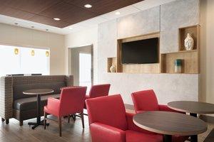 Restaurant - Holiday Inn Express Hotel & Suites Wilder