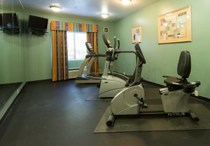 Fitness/ Exercise Room - Holiday Inn Express Hinesville
