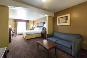 Suite - Holiday Inn Express Hinesville