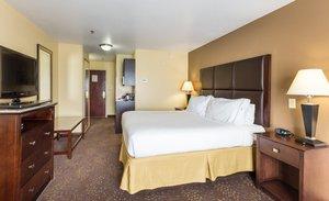 Room - Holiday Inn Express Hinesville