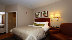 Room - Candlewood Suites Airport Kansas City