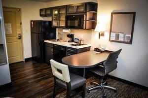 Suite - Candlewood Suites Northeast Columbus