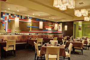 Restaurant - Crowne Plaza Hotel Pittsfield