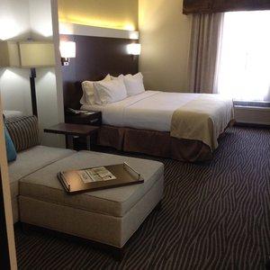 Room - Holiday Inn El Paso Airport