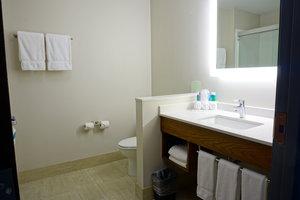- Holiday Inn Express Hotel & Suites I Street Omaha