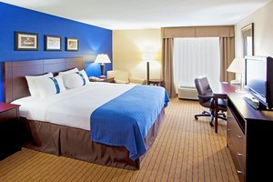 Room - Holiday Inn Timonium
