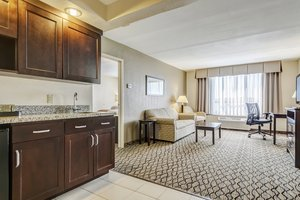 Suite - Holiday Inn St Louis Airport Earth City