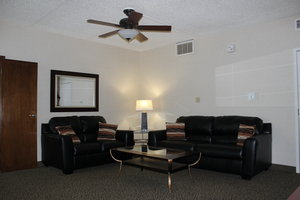 Suite - Holiday Inn Des Moines