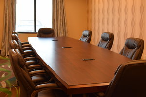 Meeting Facilities - Holiday Inn Express Hotel & Suites Pratt