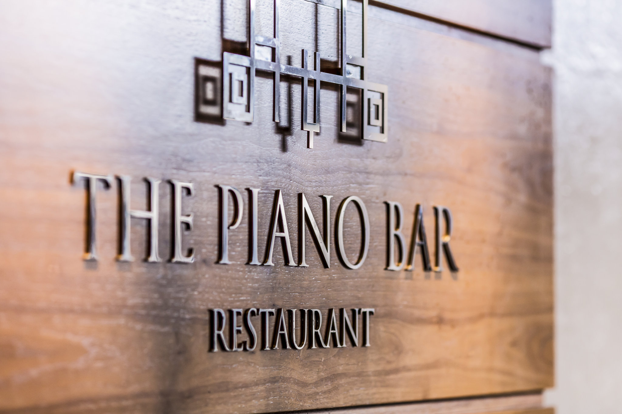 Piano Bar /Restaurant