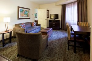 Room - Staybridge Suites Alpharetta