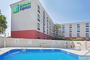 Pool - Holiday Inn Express Saugus