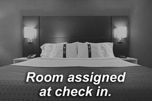 Room - Holiday Inn Express Arlington Blvd Fairfax