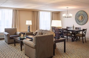 Suite - Holiday Inn East Hartford