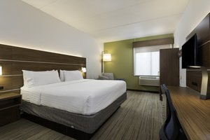 Room - Holiday Inn Express Hotel & Suites Belmont
