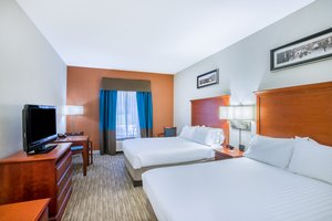 Room - Holiday Inn Express Hotel & Suites Brattleboro