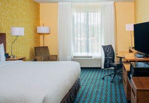 Room - Fairfield Inn & Suites Branchburg