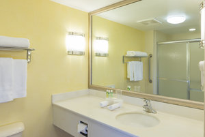 Holiday Inn Express Hotel Amp Suites Frackville Pa See