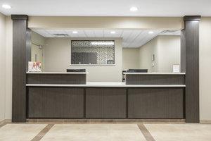 Lobby - Candlewood Suites North Pueblo