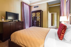 Room - Royal Crescent Hotel New Orleans