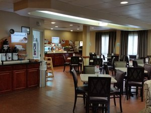 Restaurant - Holiday Inn Express Edgewood