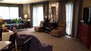 Lobby - Holiday Inn Express Edgewood