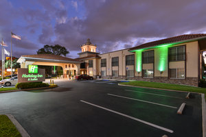 Exterior view - Holiday Inn Hotel & Suites Busch Gardens North Tampa