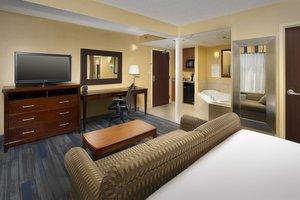 Suite - Holiday Inn Express Hyattsville