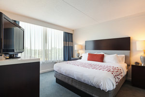 Suite - Holiday Inn Weirton