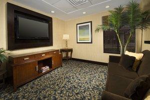 Lobby - Holiday Inn Express Hyattsville