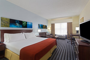 Room - Holiday Inn Express Hotel & Suites Dunedin