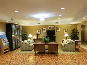 Lobby - Candlewood Suites Washington