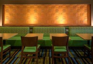 Restaurant - Fairfield Inn & Suites by Marriott Kennett Square