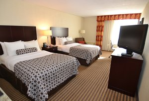 Room - Crowne Plaza Hotel Wyomissing
