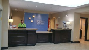 Lobby - Holiday Inn Express Hotel & Suites Fort Myers
