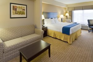 Suite - Holiday Inn Express Hotel & Suites Fort Myers