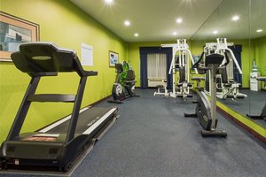 Fitness/ Exercise Room - Holiday Inn Express Tower Center