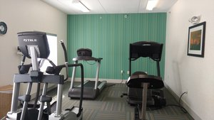 Fitness/ Exercise Room - Holiday Inn Express Mt Pleasant