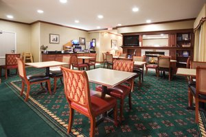 Restaurant - Holiday Inn Express Greeley