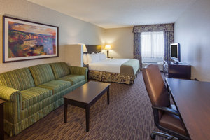 Suite - Holiday Inn Express Convention Center Minneapolis