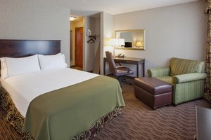 Room - Holiday Inn Express Convention Center Minneapolis