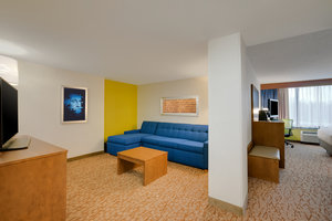 Suite - Holiday Inn Express Hotel & Suites Fort Washington
