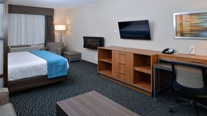 Room - Holiday Inn Hotel & Suites Nisku