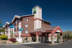 Exterior view - Holiday Inn Express Wenatchee