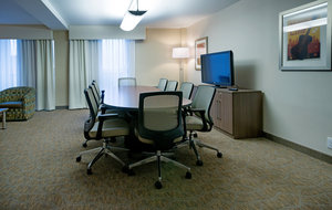 Suite - Holiday Inn Downtown Vanderbilt Nashville